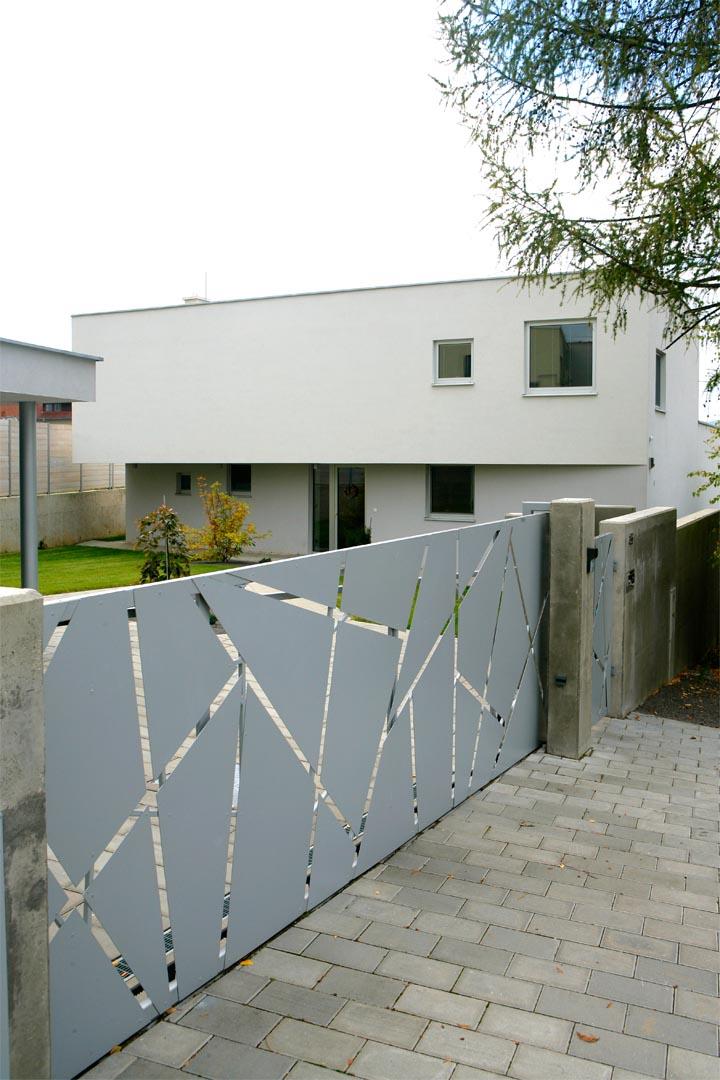 03_HOUSE-ON-THE-EDGE_VLADO-VAVREK-1