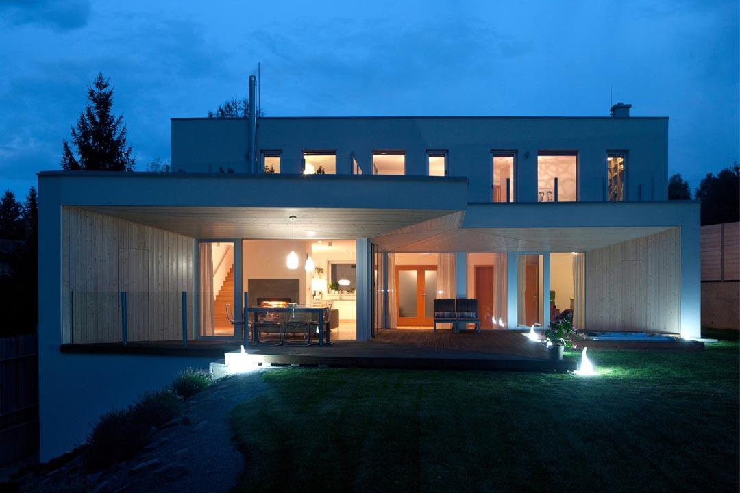 04_HOUSE-ON-THE-EDGE_VLADO-VAVREK