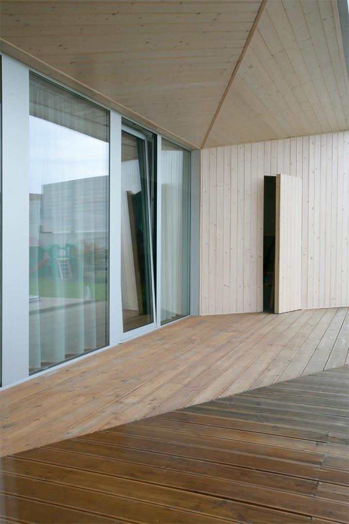 06_HOUSE-ON-THE-EDGE_VLADO-VAVREK